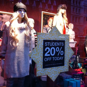 H&M 20% student discount this weekendonly!