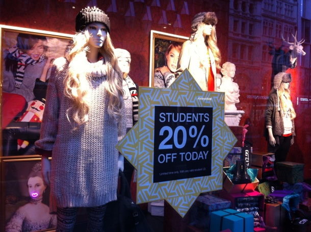H&M display window, oxford street