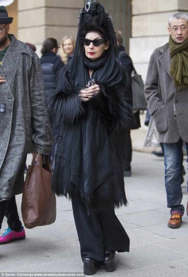 Fashion Fix: Fashion faux pas in Paris - Fashion editor wearing Gorilla Pelt!