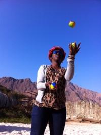 Miriam juggles in Sinai