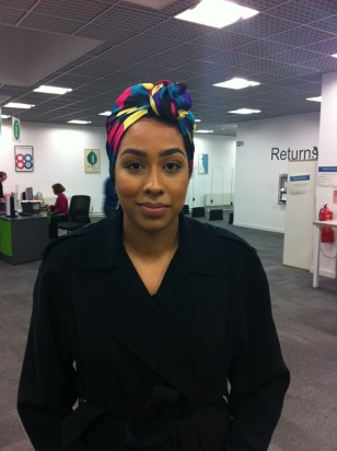 Dalia wears her wrap in a colourful twist!